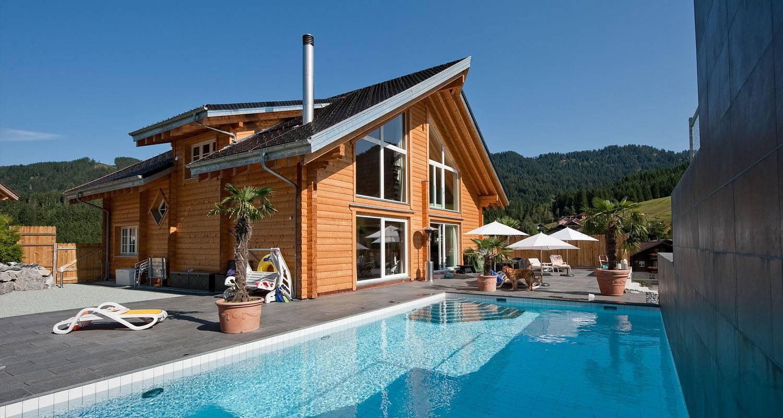 Maisons en bois massif  8